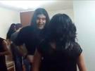"Metaleros bailando cumbia remecen Facebook con sus ""coquetos"" pasos [VIDEO]"