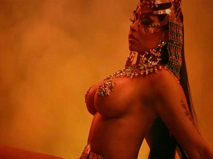 Youtube Nicki Minaj Remece Youtube Con Ganja Burn Musica